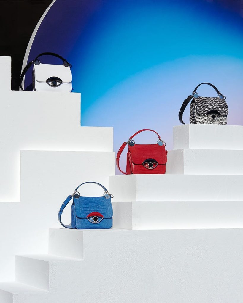 Designed especially to present the TALI bag constellation, the windows of KENZO ...