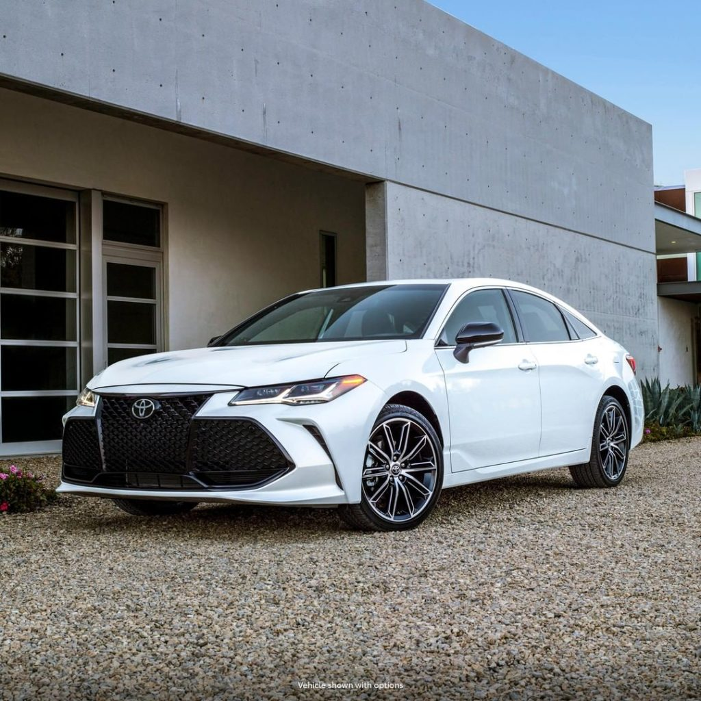 Pull up in high style. #Avalon #LetsGoPlaces...