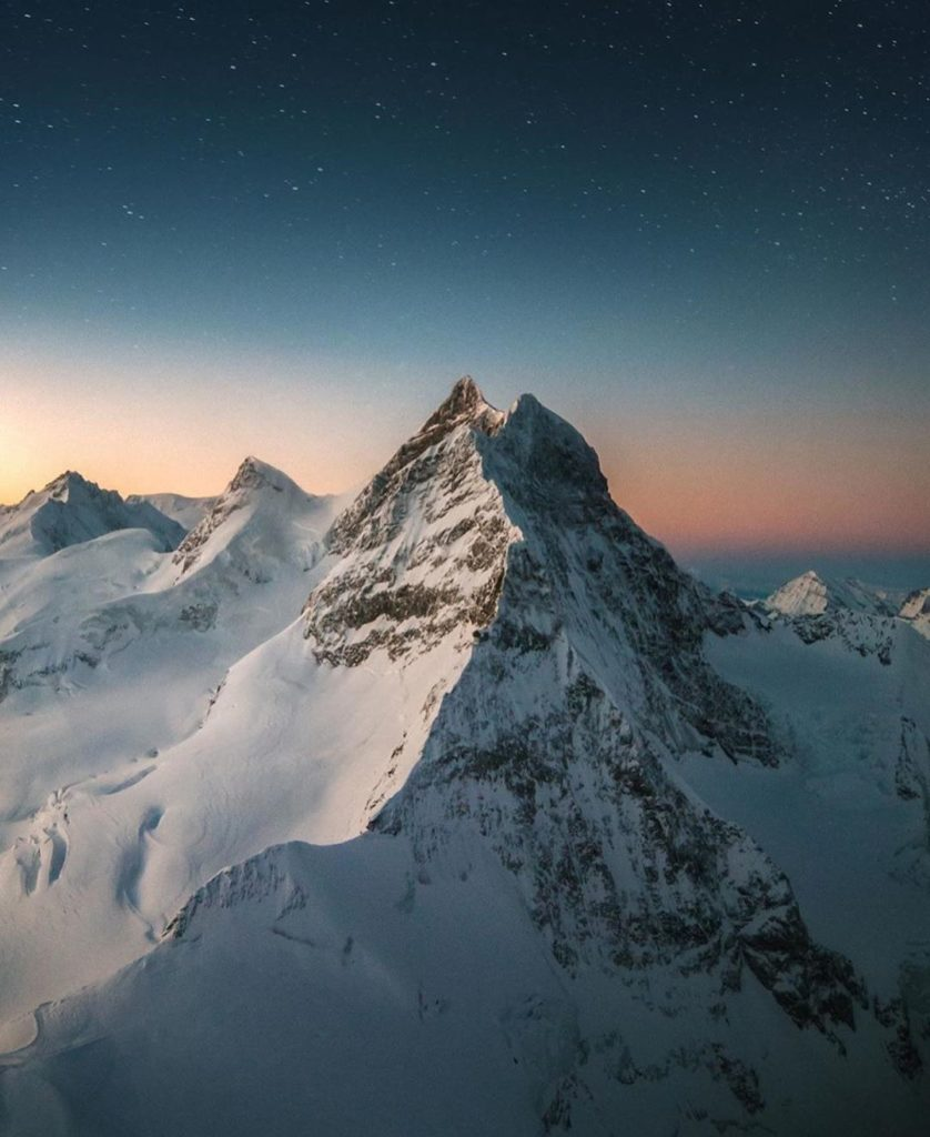 The stunning Swiss Alps in winter. Great capture by @emmett_sparling #switzerlan...