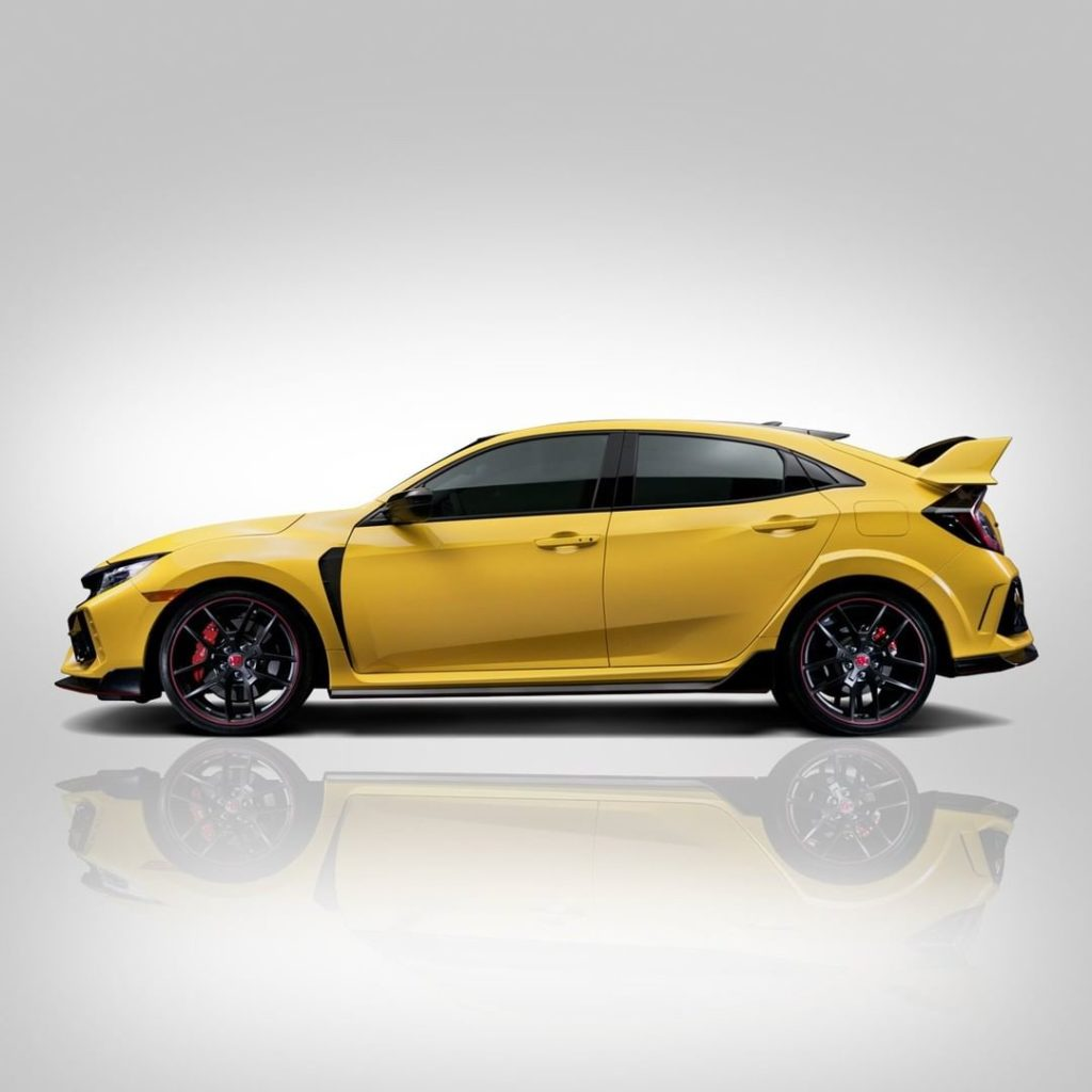 Get ready for the 2021 Civic #TypeR Limited Edition. The ultimate track-focused ...
