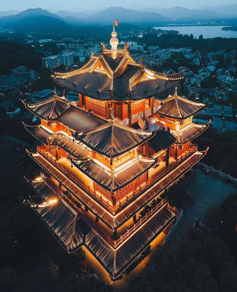 Hilltop pagoda in Hangzhou  Photography | @kevouthere  Curated by @henry.nathan ...
