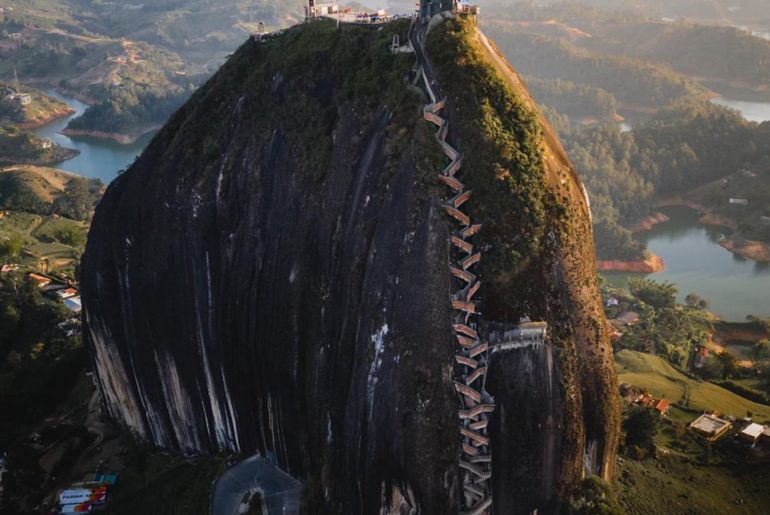 The impressive El Penõl in Guatapé! 740 steps to get to the top of this massive ...